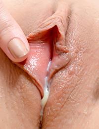 Xem ảnh sex lồn chảy nước đẹp nhất